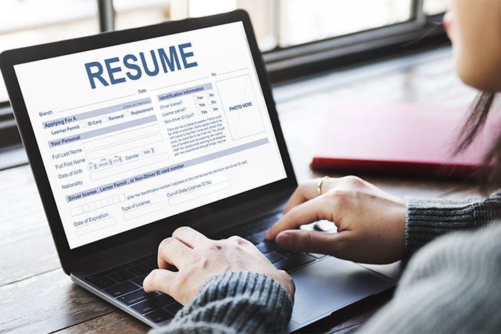 typing a resume