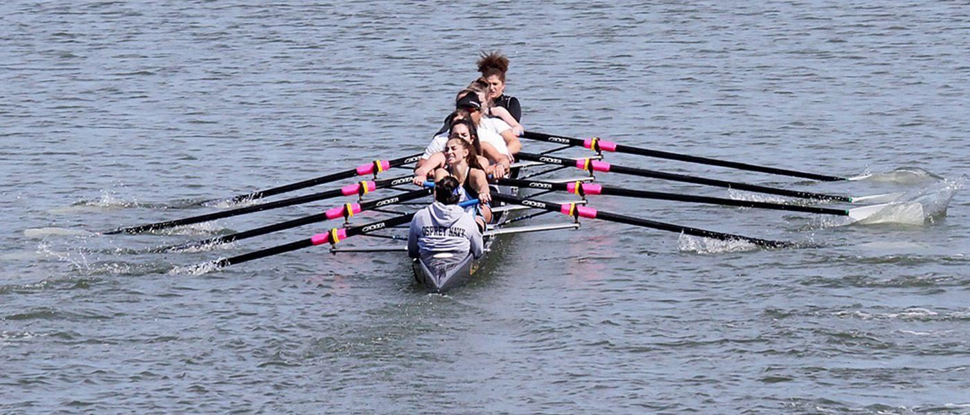 Women's Varsity Eight earns first medal