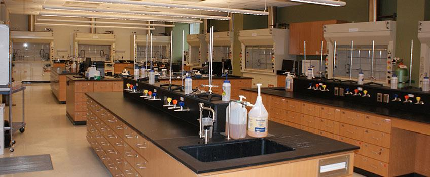 Stockton University Offers Outstanding Laboratory Facilities