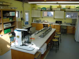 Image of Stockton University Marine Field Station Physical Science lab (inside)