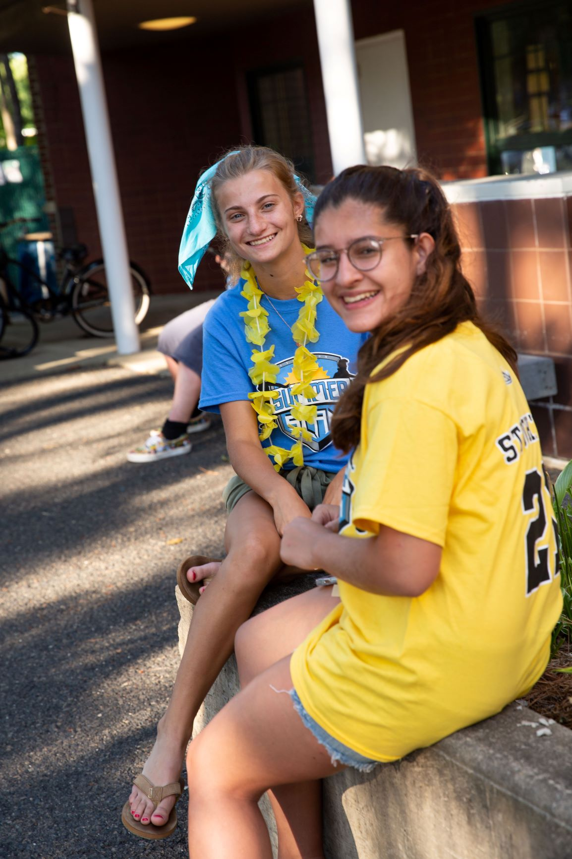 New students pose for a photo outside of the first-year dorms during Nest Fest, Stockton's new overnight orientation experience.